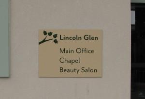 Aluminum Building Sign - Lincoln Glen